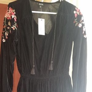 Black velvet Ana Dress